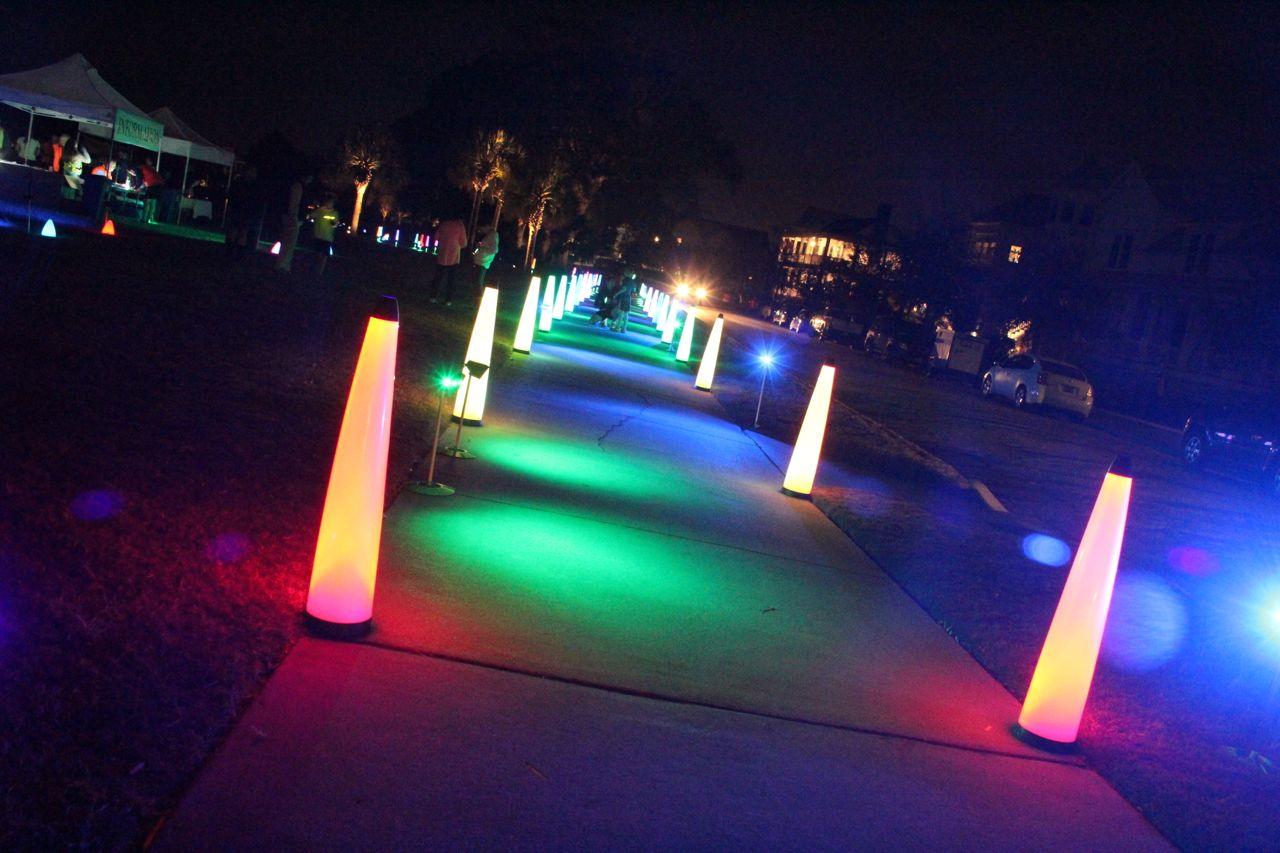 glow run starting line