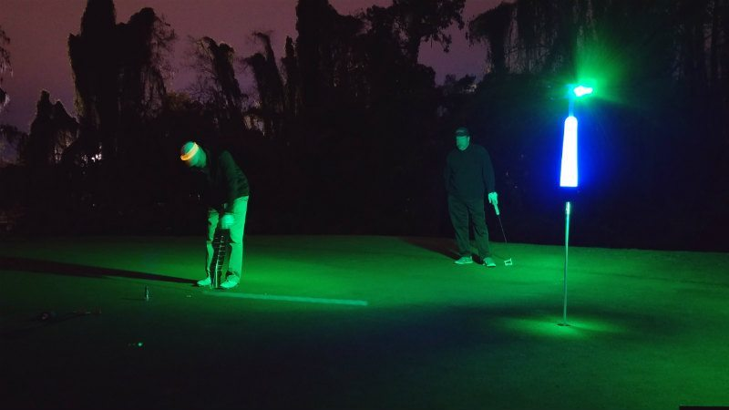 how to putt at night