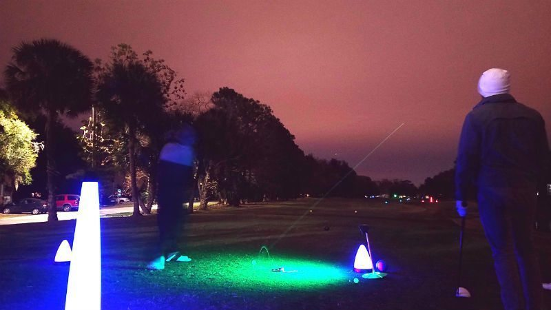 glow golf tee shot