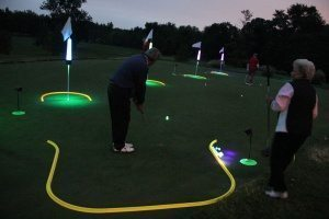creative golf holes for putting