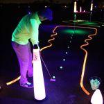 glow minigolf